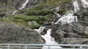 Vattenfall på Sognfjellsvägen